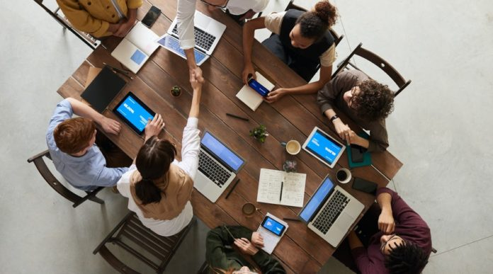 Top 6 Reasons Why Meeting Minutes are Essential For Business