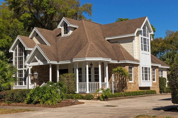 Inexpensive Ways to Upgrade Your House to Get The Best Price For It