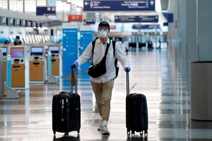 Moshe Strugano Advice for Travelers Traveling Abroad during the COVID-19 Outbreak