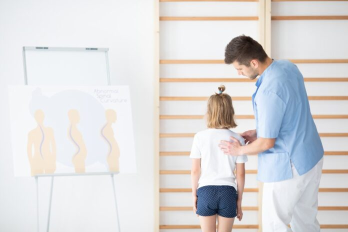 7 Tips for Those Living With Scoliosis