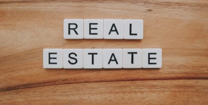 How to Avoid Losing Money During a Real Estate Crisis