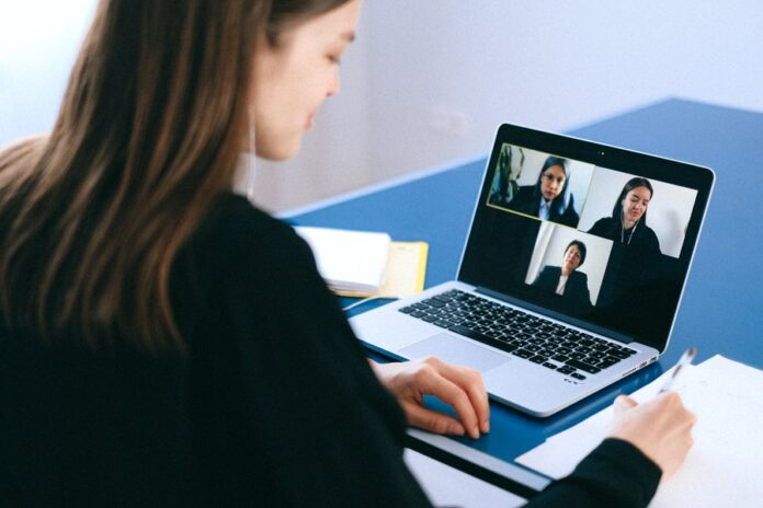 How To Boost Sales With The Help Of A Virtual Assistant