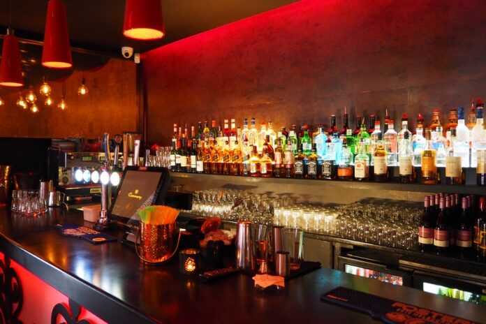 Things To Know Before Opening a Liquor Business