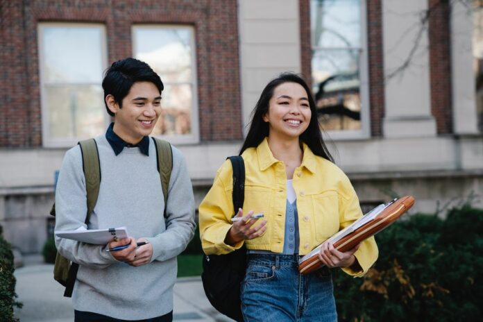 How To Prepare Your Social Media Profiles To Help College Admissions